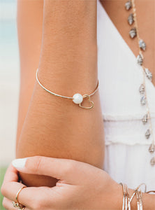 White Pearl Love Heart bangle