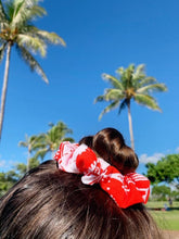 Load image into Gallery viewer, Hibiscus scrunchie