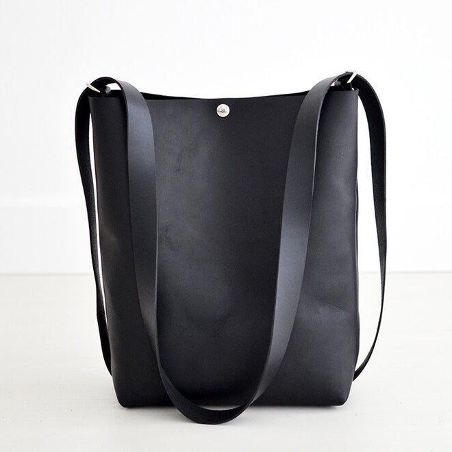 Crossback (crossbody + backpack) - Black Leather