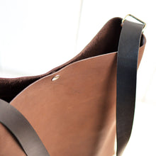Load image into Gallery viewer, Crossback (crossbody + backpack) - Chocolate Brown Leather