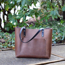 Load image into Gallery viewer, Large Classic Tote - Chocolate Brown Leather
