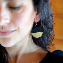 Load image into Gallery viewer, Globe Leather Earrings