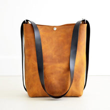 Load image into Gallery viewer, Crossback (crossbody + backpack) - Honey Leather