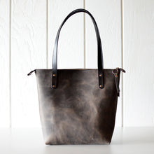 Load image into Gallery viewer, Medium Classic Tote - Slate Leather