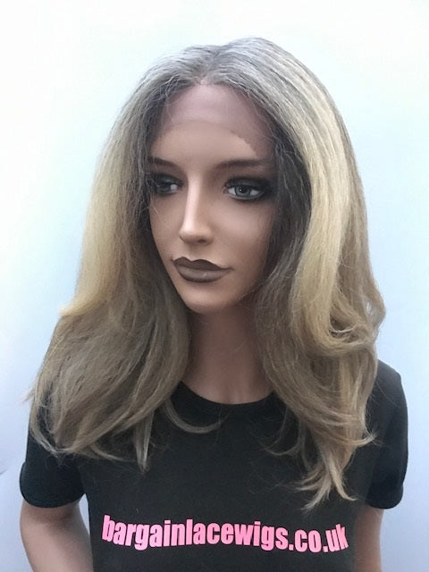 Outre Soft & Natural Synthetic Lace Front Wig NEESHA 201 Colour DRFF2/BUTTERSCOTCH