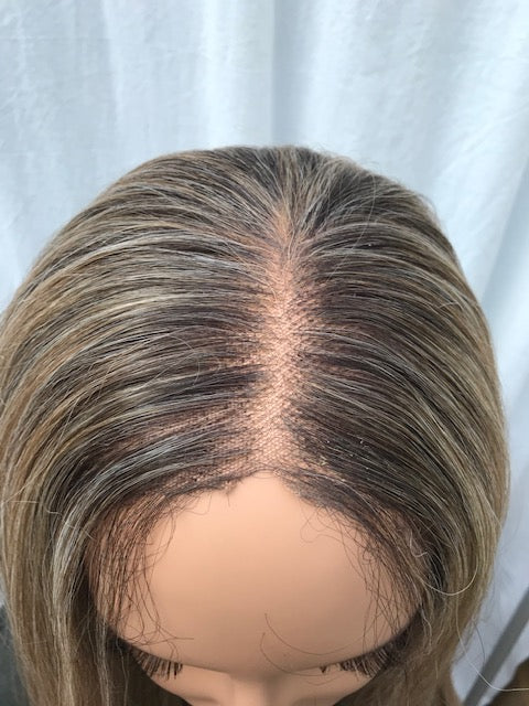 GENTLY USED Outre Synthetic 13x6 Lace Front Wig SHADAY T-USEDSHADAY
