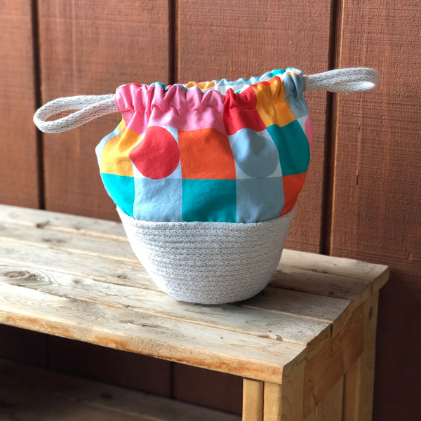 Picnic Basket Handbag in Summertime Sweets