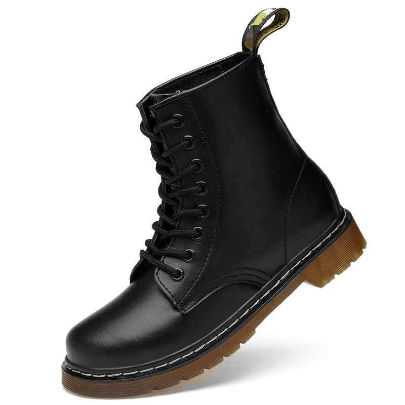 LUXZIO Schwarz / 35 Mr. Martens 1460™ Classic Boot Plus