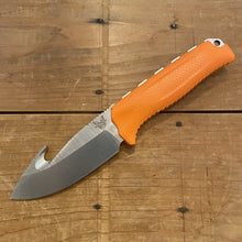 Benchmade 15009-ORG Steep Country Hunter with Hook