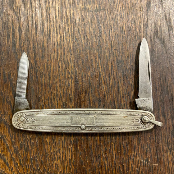 "LF&C  3"" Pen Carbon Blade Silverplate Scales 1912-1950"