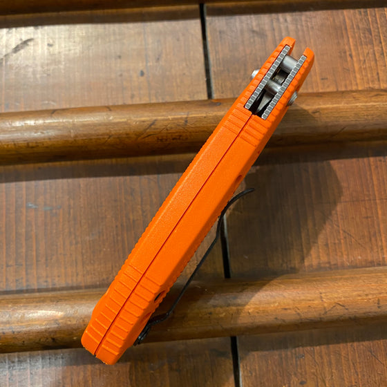 Benchmade 551-ORG-S30V Griptilian - Orange
