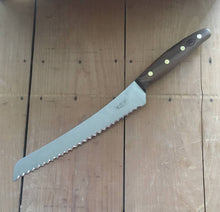 "Windmühlenmesser 'KB2' 8.75"" Bread Knife - Stainless - Walnut"
