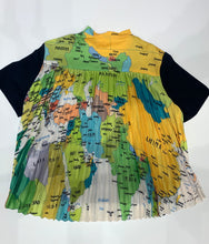 Load image into Gallery viewer, Sun Ray Pleated Back T-Shirt 8222