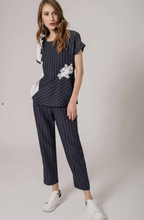 Load image into Gallery viewer, Pin Stripe Easy Pant 20D1014