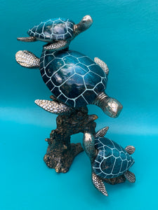 Triple Turtle Figurine