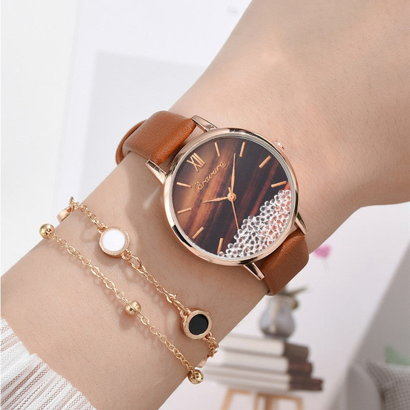 Hot Fashion Women  Wrist Watch Ladies Luxury Casual Quartz Watch  Clock Stones