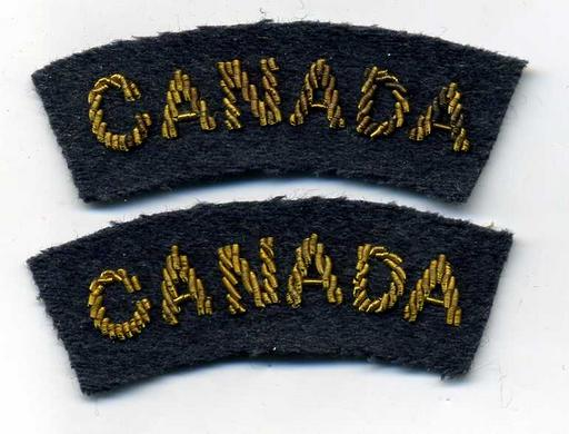 "RCAF, Gold Wire, ""CANADA"" Nationality Shoulder Title Pair"