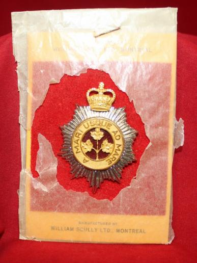 Canadian Guards Cap Badge - Officers on Card of Issue