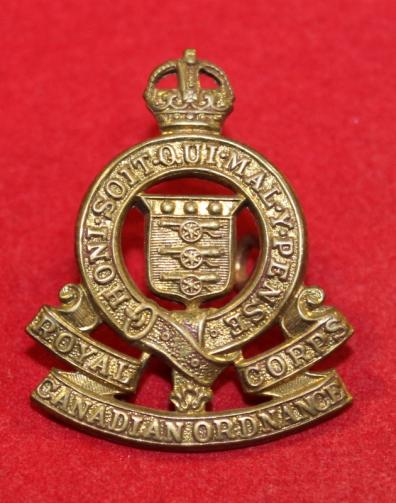 Royal Canadian Ordnance Corps Collar Badge