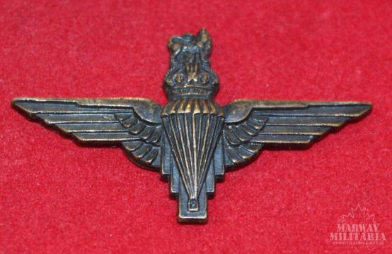 WW2 British Airborne Collar Badge