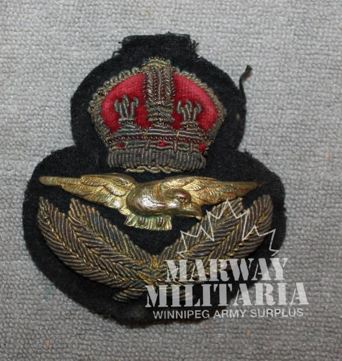 WW2 era, RCAF / RAF Cap Badge