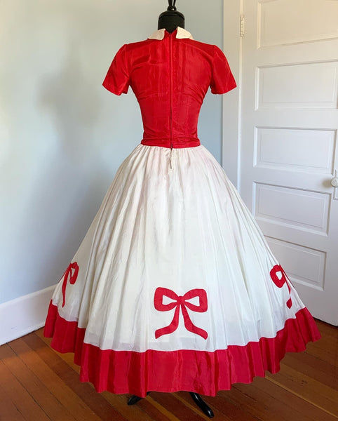 Early 1940s Whimsical Silky Taffeta Gown with Bow Appliques