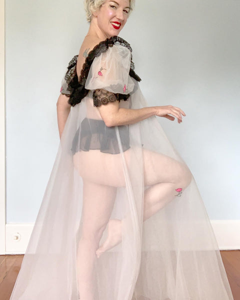 "1950s ""Lucie Ann Lingerie Beverly Hills"" Sheer Soft Tulle with Lace Extreme Trapeze Peignoir Glamour Robe"