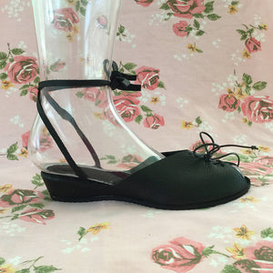 "Whirligig Shoe Co. - ""The Audrey"""