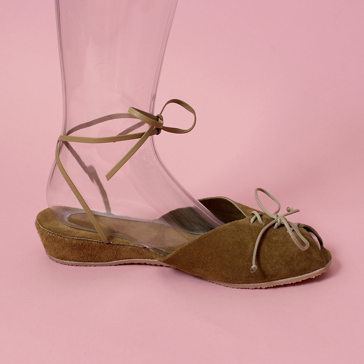 "Whirligig Shoe Co. - ""The Au Naturale"""