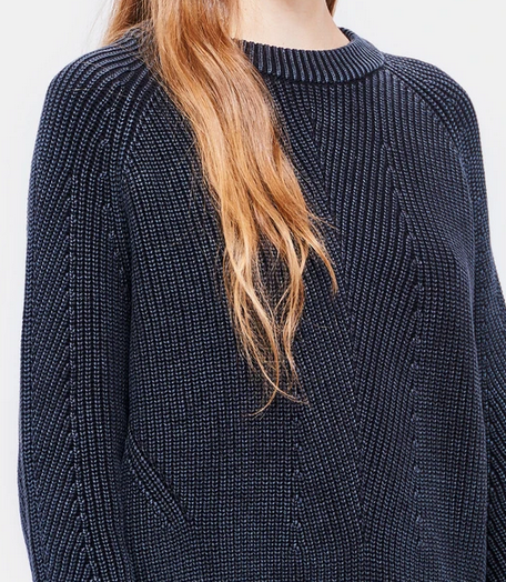 Chelsea cotton crewneck sweater washed black
