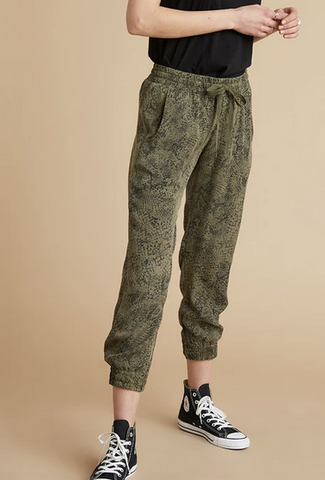 Easy jogger in cactus snake green