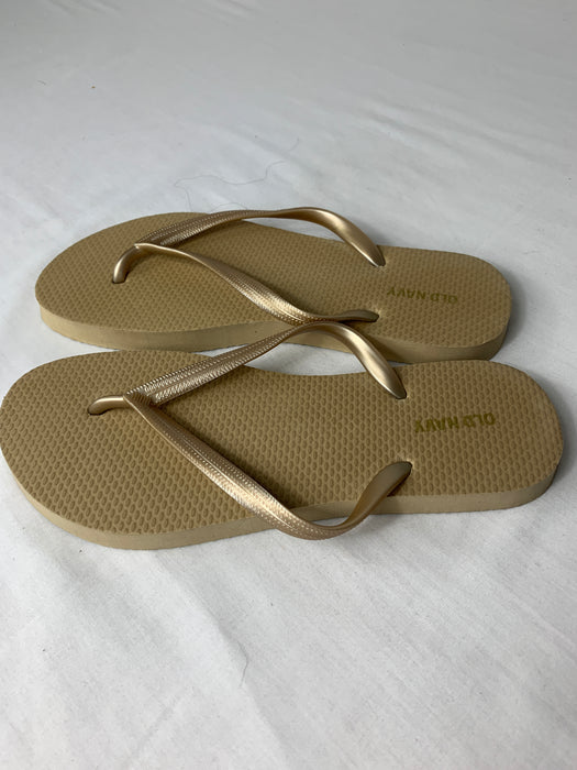 Old Navy Plastic like Sandals Size 7
