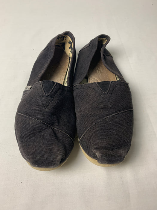 Toms Womans shoes size 7