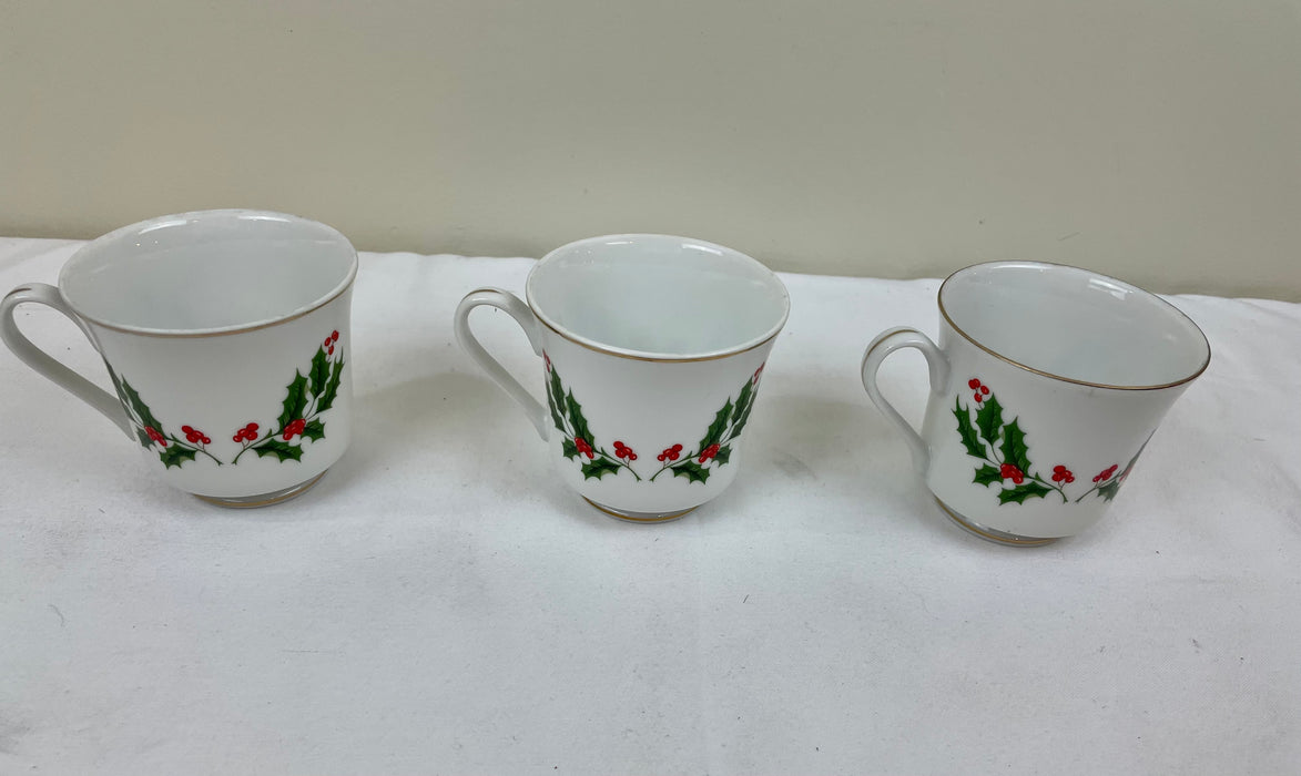 Holiday coffee cup three-piece bundle