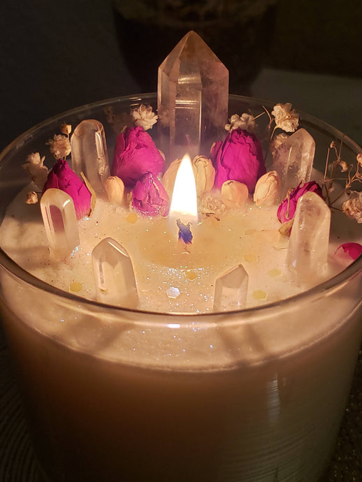 The Right Way To Burn a Candle: 8 Tips and Tricks
