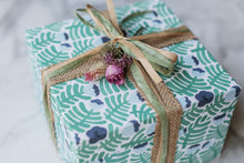 Load image into Gallery viewer, Mother's Day Luxury Gift Box