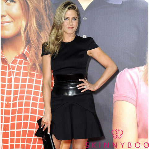 Jennifer Aniston Drinks Green Tea