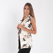Load image into Gallery viewer, Floral Vest