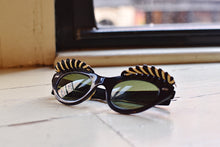 Load image into Gallery viewer, 1950's | Cabana Sunglasses with a Woven Ornamental Awning