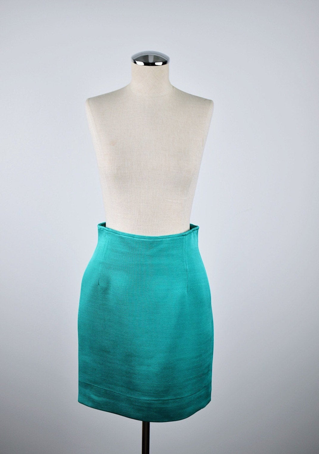 1990's | Max Mara | Kelly Green Ribbed Skirt