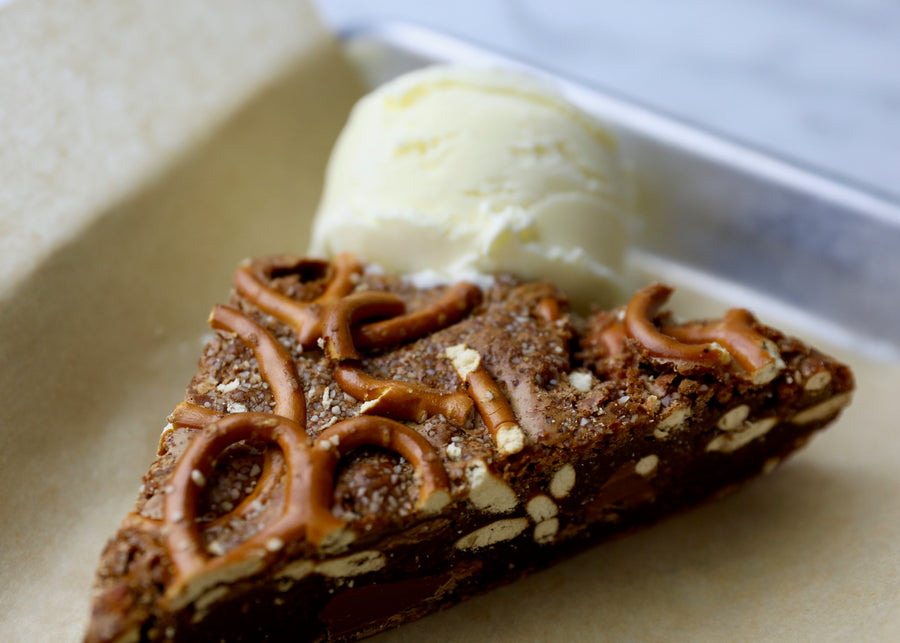 Salted Caramel Pretzel Brownie (ready-to-eat)