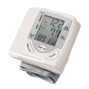 display AmicooolToy blood pressure reader