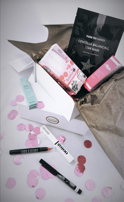 Eve's Parcel Birthday Gift Box for her. beauty wellbeing, pampering, self love gifts to celebrate her birthday. Perfect for a birthday night in lockdown, or a night on the town. Filled with wellnes and beauty products.