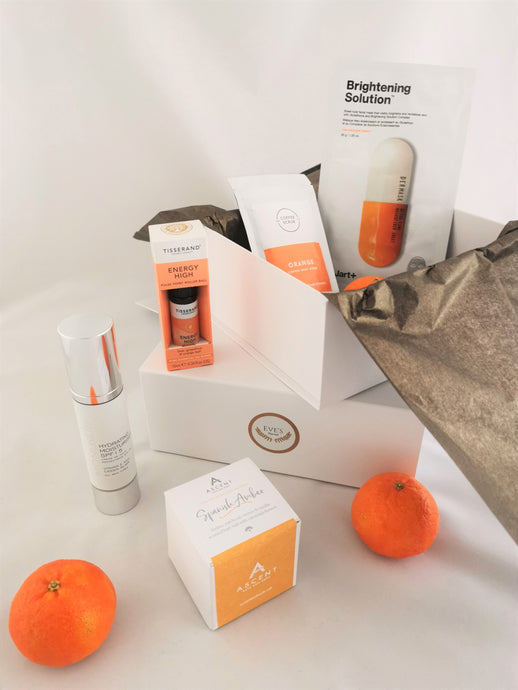 Eve's Parcels refresh and revitalise gift box. full of vitamin c, energising, glow products to improve mood. focused on well being, wellness, mindfullness, womens health and beauty.