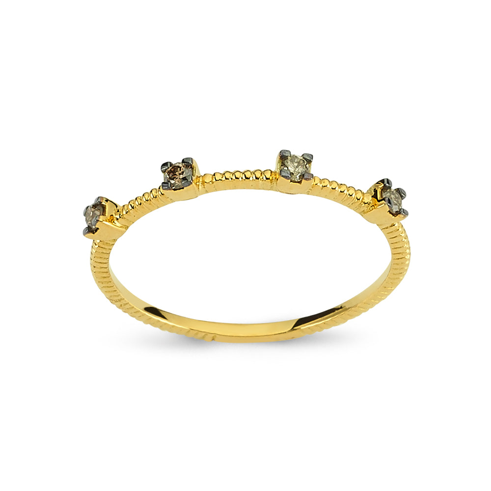 Minimal Gold Ring With Diamonds