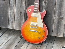 Load image into Gallery viewer, SOLD - Gibson Les Paul Historic Reissue R8 Factory Aged LPR8S - SOLD