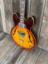 Load image into Gallery viewer, Gibson ES-330 1966 Sunburst - SOLD