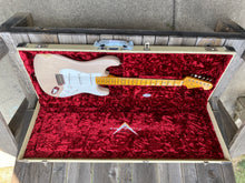 Load image into Gallery viewer, Fender Stratocaster Limited 1955 Relic Custom Shop 2019 Blonde