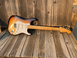 SOLD - Fender Stratocaster 1957 Old body refin