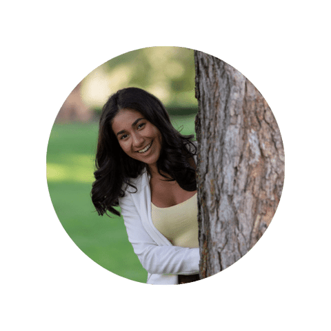 Veronica Beltran is part of the Digital Marketing Team at Modern Match Lingerie. She is also a former Journalist and News Anchor